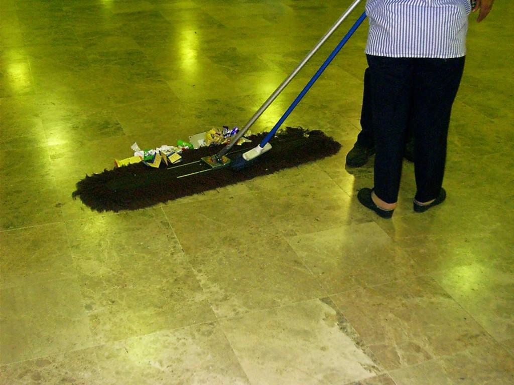 Sprzątanie małej firmy